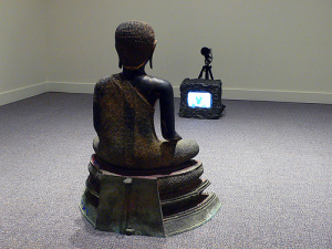 nam-june-paik_tv-buddha